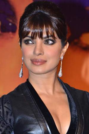 Get Priyanka Chopra's sexy look
