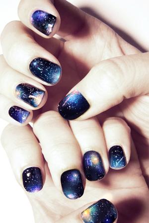 Festive Nail Art Ideas from Pinterest