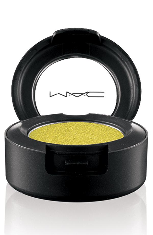 MAC Indulge, EyeShadow in Three Ring Yellow